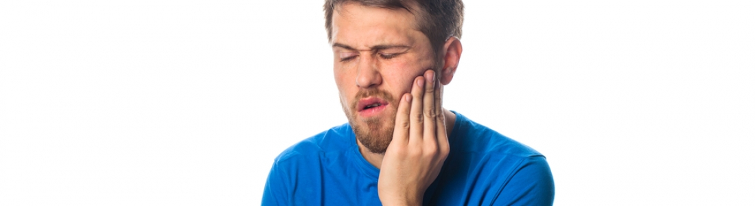 HOW TO DEAL WITH TOOTHACHE